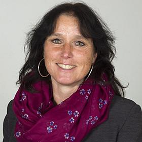 Jacqueline Klos